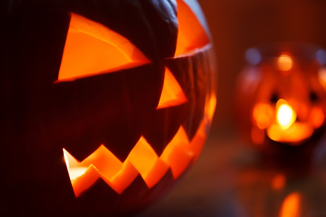 Top 10 Podcasts for the Halloween Season – Wil Williams Reviews